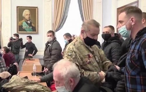 Мэр Николаева синхронно переводил на украинский слова русскоязычных депутатов