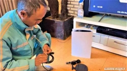 Мужчина выдал PlayStation за роутер, чтобы избежать недовольства жены