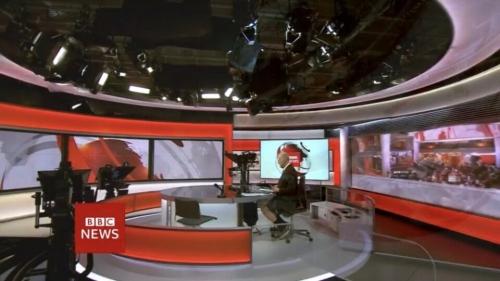 Ведущий BBC поленился надеть штаны и оконфузился в прямом эфире
